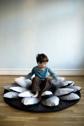 lotus-flower-bean-bag-chair